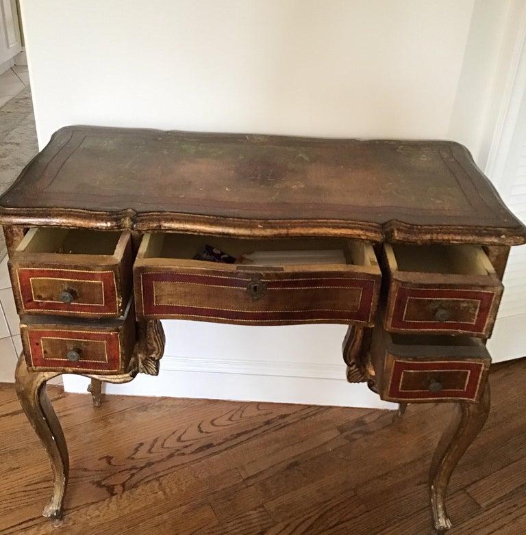 Italian Venetian Knee-Hole Desk, circa 1950s For Sale 2