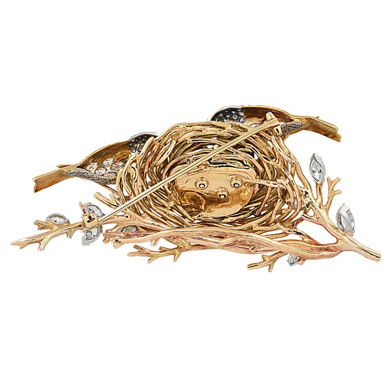 Round Cut Cartier Yellow Gold, Platinum and Diamond Bird's Nest Brooch Pin, circa 1960s For Sale