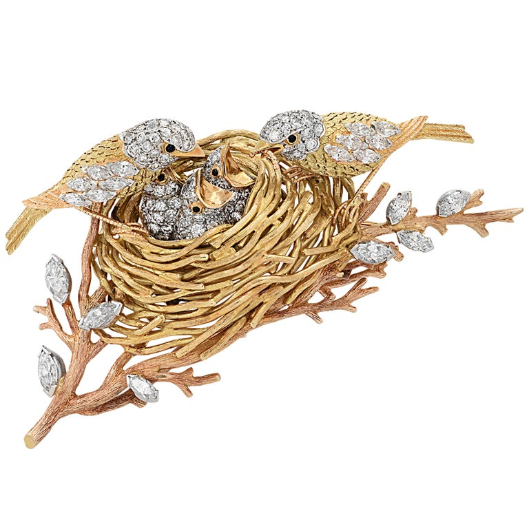 Cartier Yellow Gold, Platinum and Diamond Bird's Nest Brooch Pin, circa 1960s In Good Condition For Sale In Miami, FL