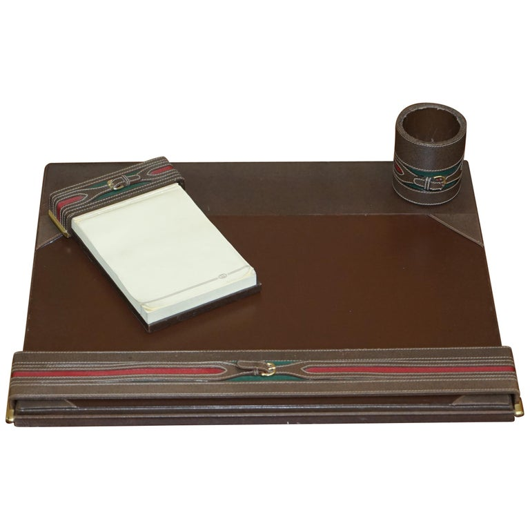 Gucci Brown Leather Brass Bucket Desk Stationary Set Pen Pad Write, circa 1960s For Sale