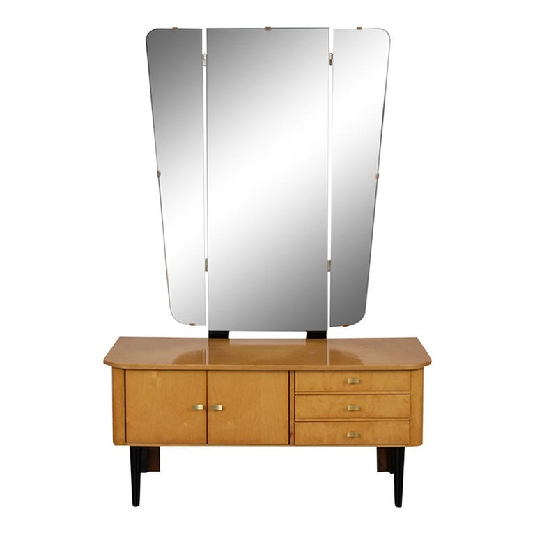 Mid-17th Century Modern Lacquered Finish Dressing Table, circa 1960s For Sale