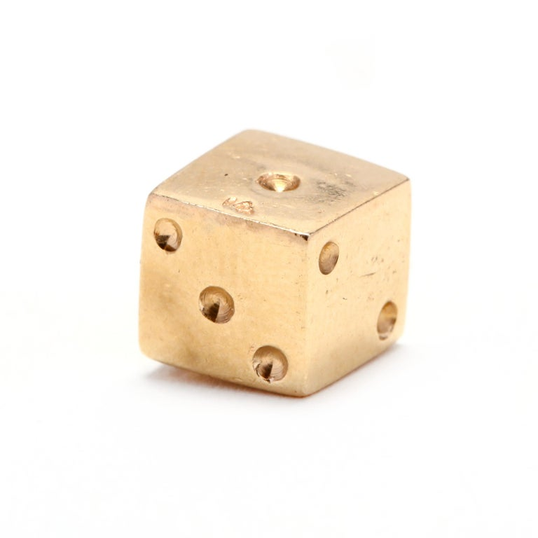 14 Karat Gold Dice Charm, circa 1970s In Good Condition For Sale In McLeansville, NC