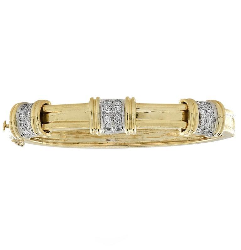 Round Cut Yellow Gold and Diamond Bangle Bracelet Set, circa 1980s For Sale