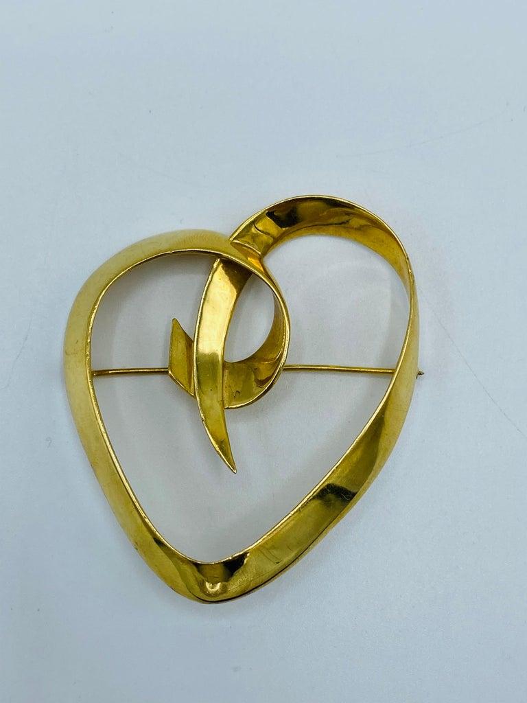 Circa 1983 Tiffany & Co. Paloma Picasso Yellow Gold Heart Brooch 5