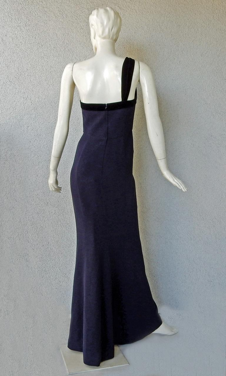 Circa 1990's Thierry Mugler One Shoulder Dress Gown with Thigh High Slit In Excellent Condition For Sale In Los Angeles, CA
