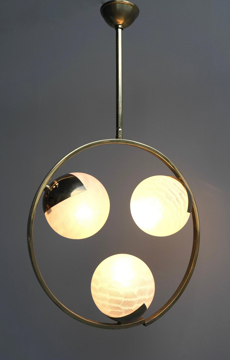 Circle Shaped Opaline Glass and Brass Pendant, Italy, attrib to Stilnovo, 1960s For Sale 4