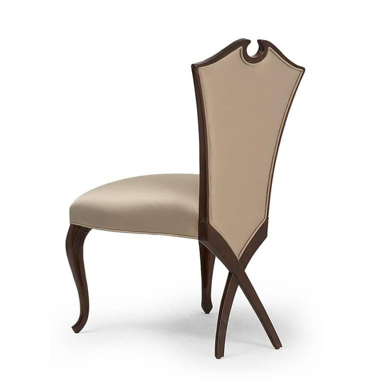 Hand-Crafted Circled Chair with Mahogany Structure and High Quality Fabric For Sale
