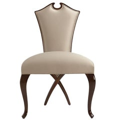Circled Chair with Mahogany Structure and High Quality Fabric