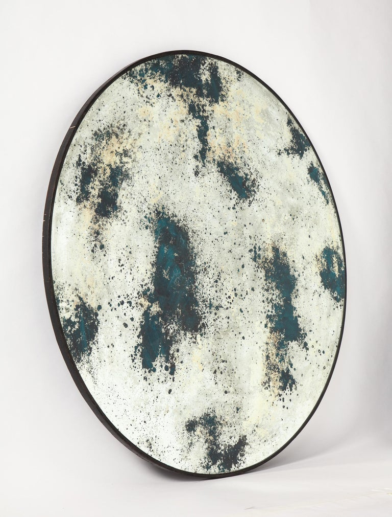 Circular Acid-Washed Mirror, Modern In Good Condition For Sale In New York, NY