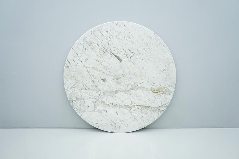 Late 20th Century Circular Carrara Marble Dining Table, Italy, 1970s For Sale