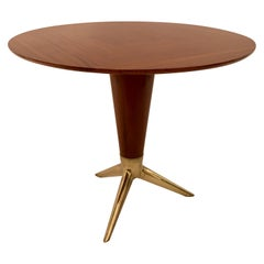 Circular Centre Table in Walnut and Brass by I.S.A. Italy, circa 1950