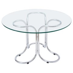 Circular Mid-Century Modern Glass Table in the Style of Giotto Stoppino