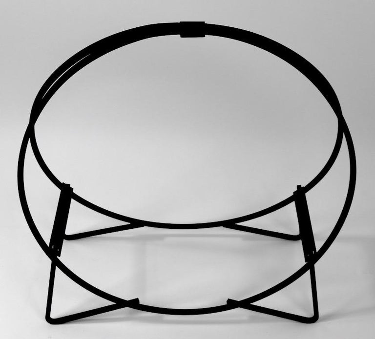Circular Mid Century Wrought Iron Log Holder In Good Condition For Sale In New York, NY