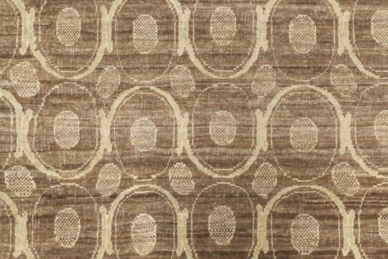 Circular Silk Beige & Brown Rug Size: 10'2