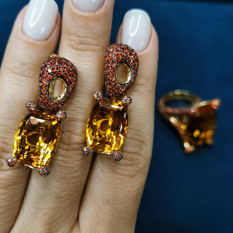 Citrine 16.74 Carat Orange Sapphires 18 Karat Yellow Gold Earrings For Sale 3