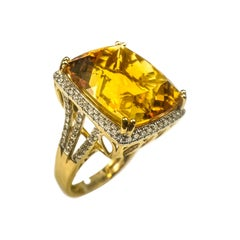 Citrine 21.61 Carat Diamond Ring