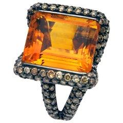 Citrine Champagne Diamond 18 Karat Gold Cockyail Ring