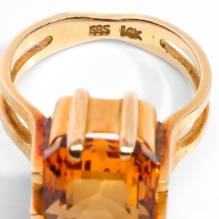 Citrine Ring of Superior Quality and Depth Midcentury For Sale 1