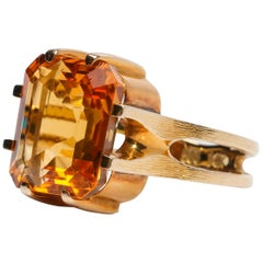 Citrine Ring of Superior Quality and Depth Midcentury