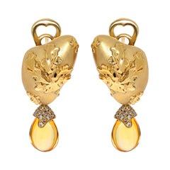 Citrines 6.17 Carat Champagne Diamonds 18 Karat Yellow Gold Moss Earrings