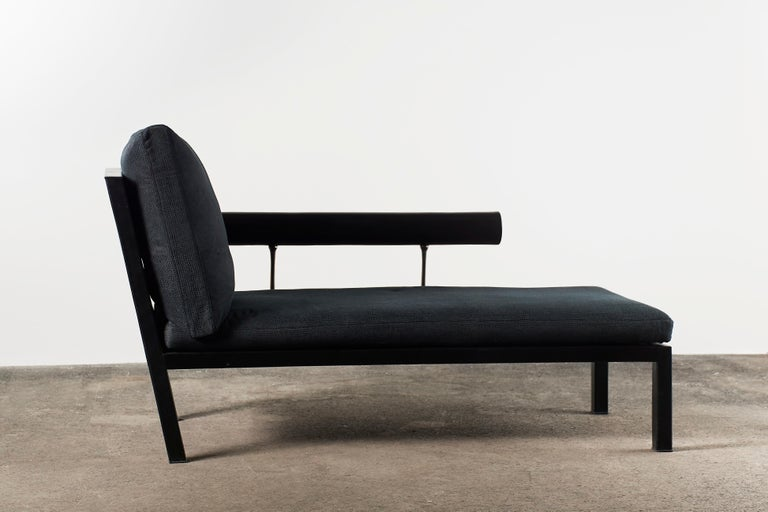 Citterio Sity Chaise Lounge for B&B Italia in Leather & Brioni London Upholstery In Good Condition For Sale In Grand Cayman, KY