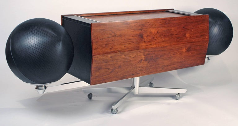 Mid-Century Modern Clairtone Project G-1 Model T10 Rosewood Stereo System For Sale