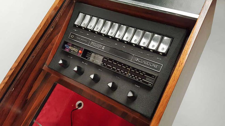 Clairtone Project G 1 T4 Rosewood Stereo System First Generation by Hugh Spencer For Sale 3
