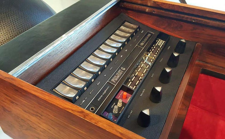Clairtone Project G 1 T4 Rosewood Stereo System First Generation by Hugh Spencer For Sale 4