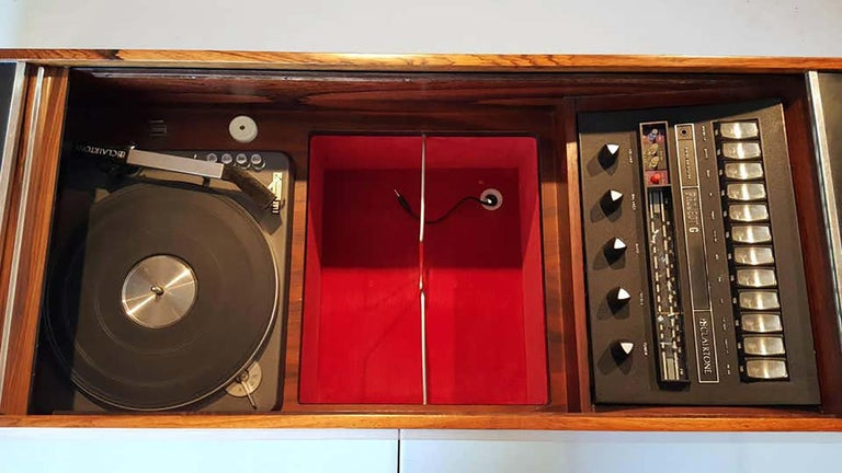 Clairtone Project G 1 T4 Rosewood Stereo System First Generation by Hugh Spencer For Sale 6