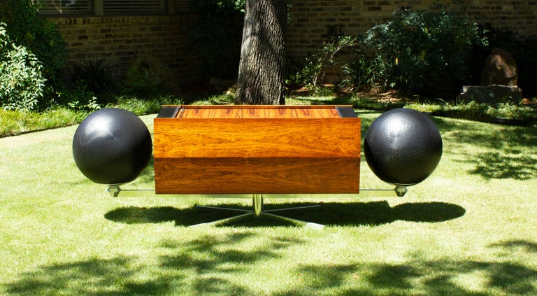 Mid-Century Modern Clairtone Project G 1 T4 Rosewood Stereo System First Generation by Hugh Spencer For Sale