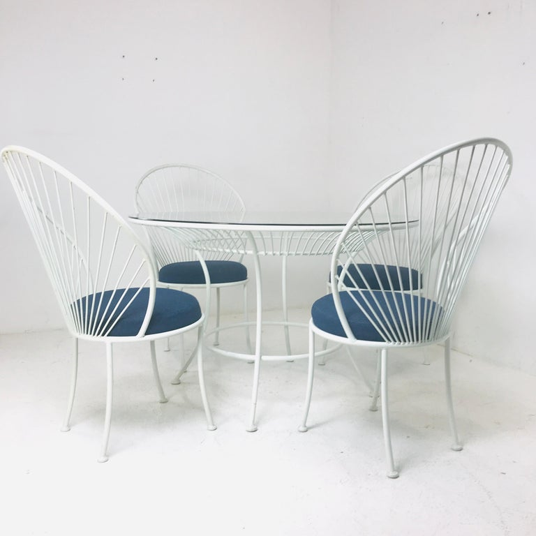 Late 20th Century Clamshell Patio Set in Style of Salterini For Sale