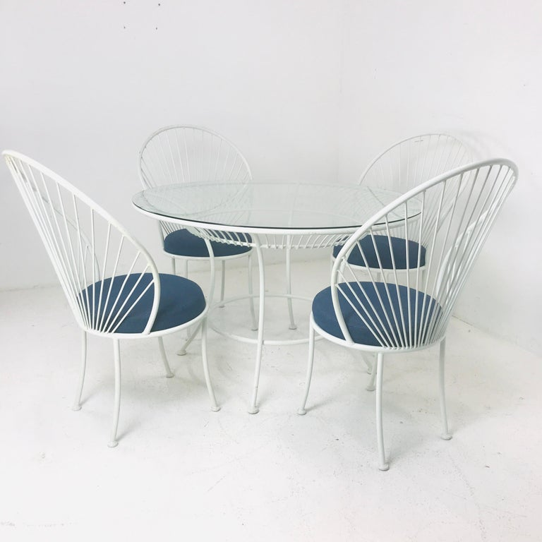 Steel Clamshell Patio Set in Style of Salterini For Sale