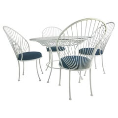 Clamshell Patio Set in Style of Salterini