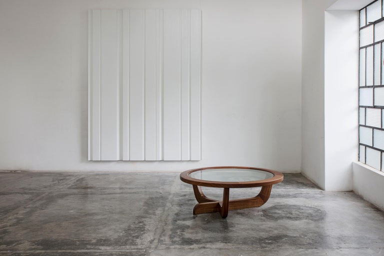 Cuban born Clara Porset worked closely with Mexican architect Luis Barragán and is known for designing some of the most iconic modern Mexican furniture of the 20th century. Josef and Anni Albers introduced Porset to Michael van Beuren who went on to