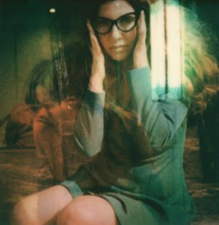 Madrugada - Contemporary, Polaroid, Figurative, Woman, 21st Century, Psychiatry