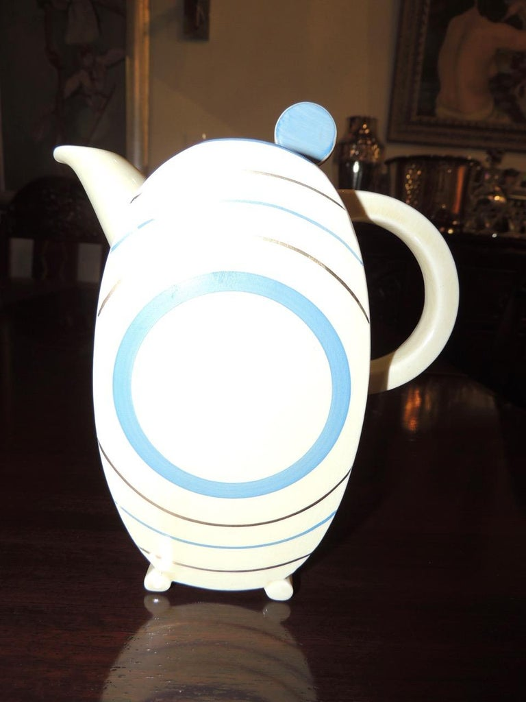 Clarice Cliff Art Deco Tea and Coffee Set for Eight In Good Condition For Sale In Oakland, CA