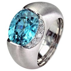 Claris A Blue Zircon and Diamond 18 Karat White Gold Ring