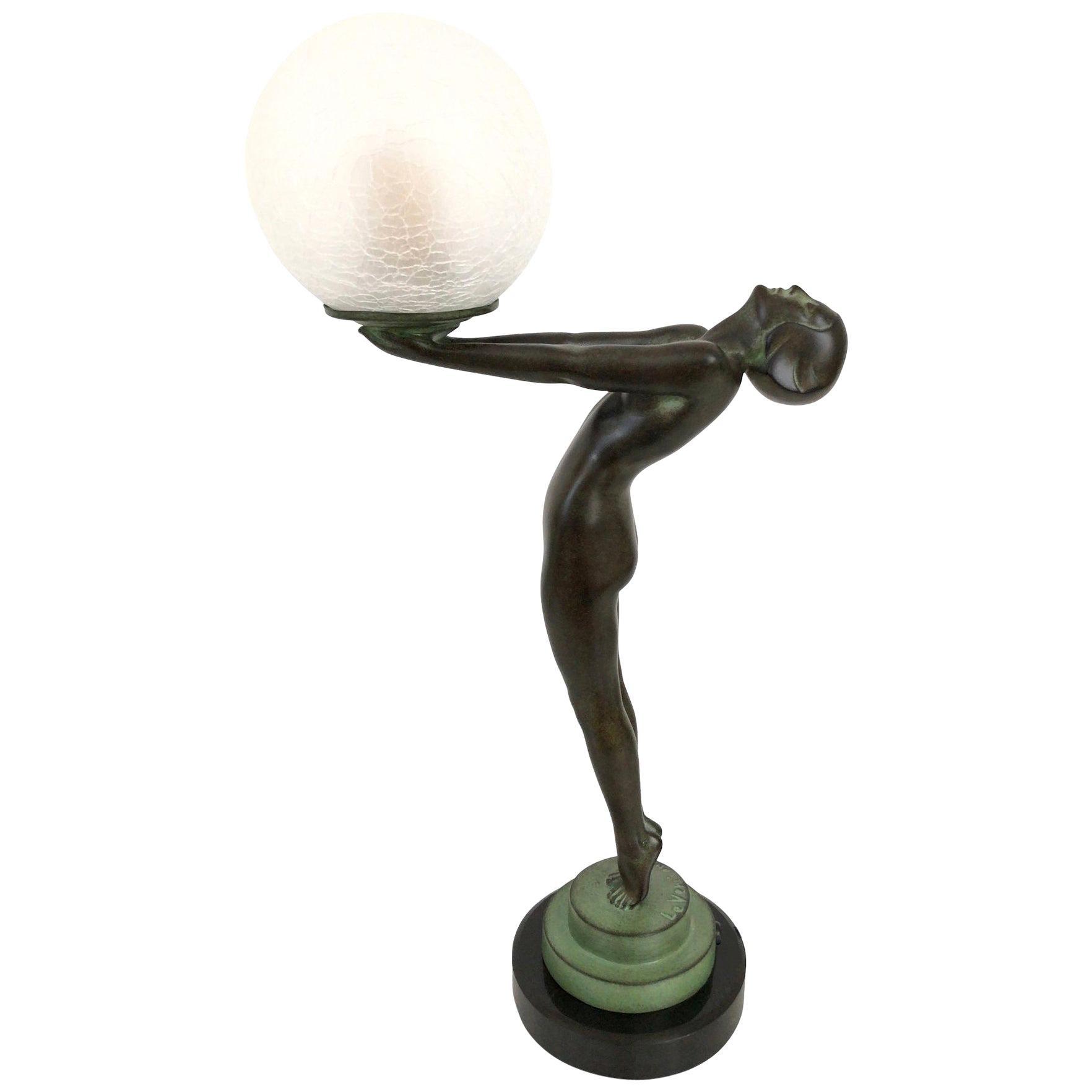 Clarté Sculpture Lueur Lamp from the Important Art Deco Artist Max Le Verrier