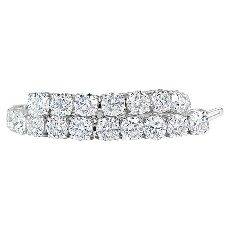 Classic 12.00 Carat Diamonds Tennis Bracelet For Sale