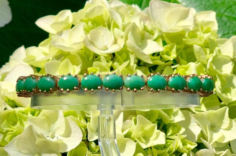 Classic 15.75 Carat Apple Green Jade Yellow Gold Cabochon Tennis Bracelet For Sale 2