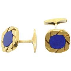 Classic 18 Karat Yellow Gold Cuf Flinks with Lapis Lazuli
