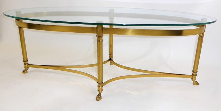 Late 20th Century Classic 1970s Hollywood Regency Labarge Brass Hooved Foot Coffee Table For Sale