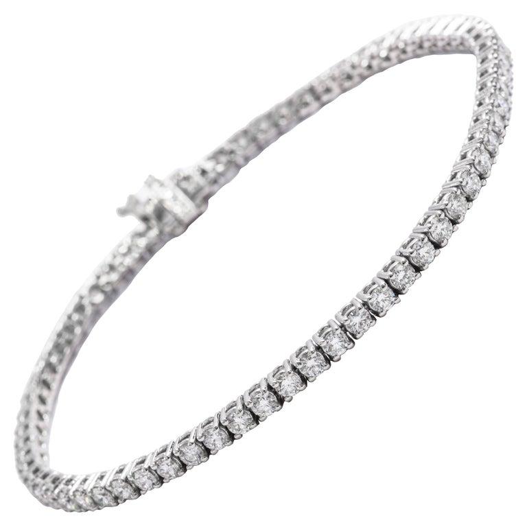 Classic 4.00 Carat Diamond Tennis Bracelet For Sale