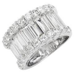 Classic 4.90cts Long Baguette-Cut Diamond Gold Wide Band Ring