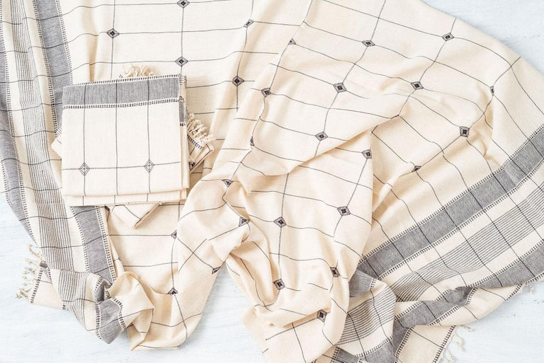 Hand-Woven Mool Handloom Throw  / Blanket in Organic Cotton For Sale