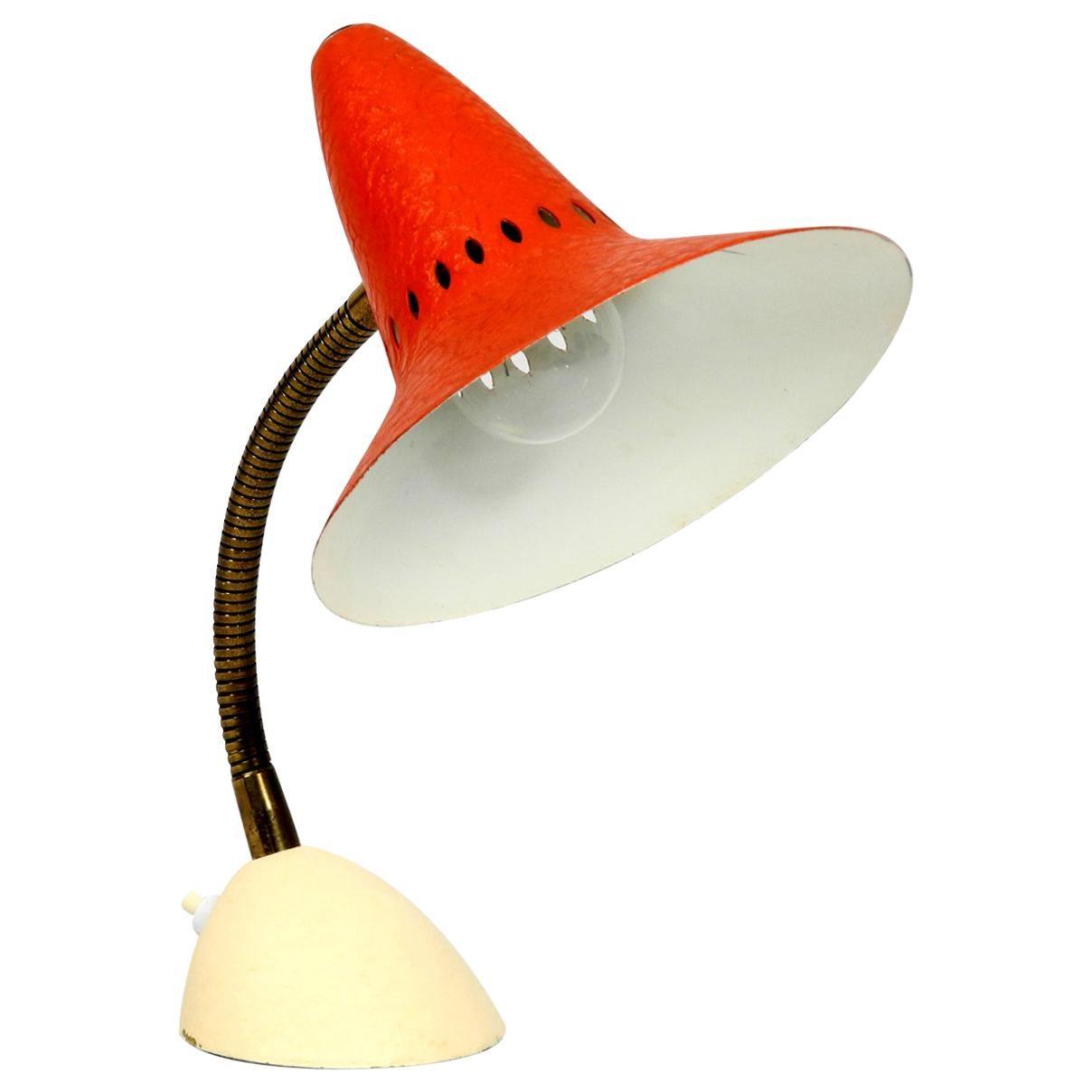 Classic Beautiful Mid-Century Modern Table Lamp