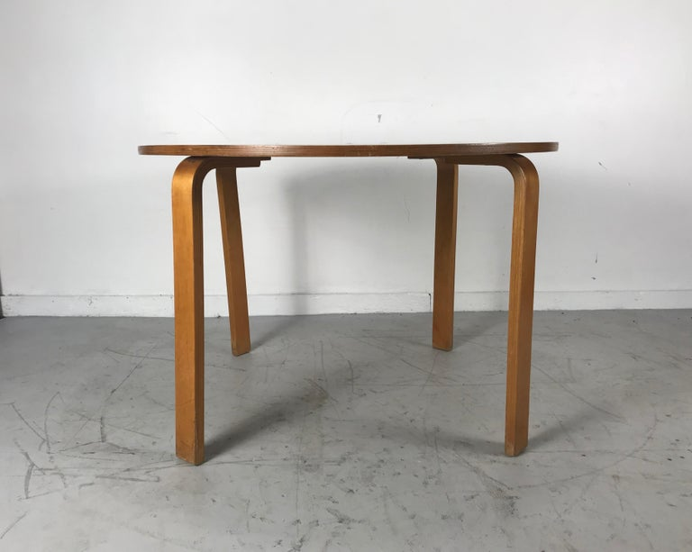 Classic Bent Plywood Bauhaus Style Dining Tables Attributed to Thonet For Sale 5