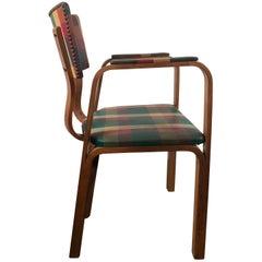 Klassischer Sessel mit Original Karo Öltuch von Thonet Brothers 1940