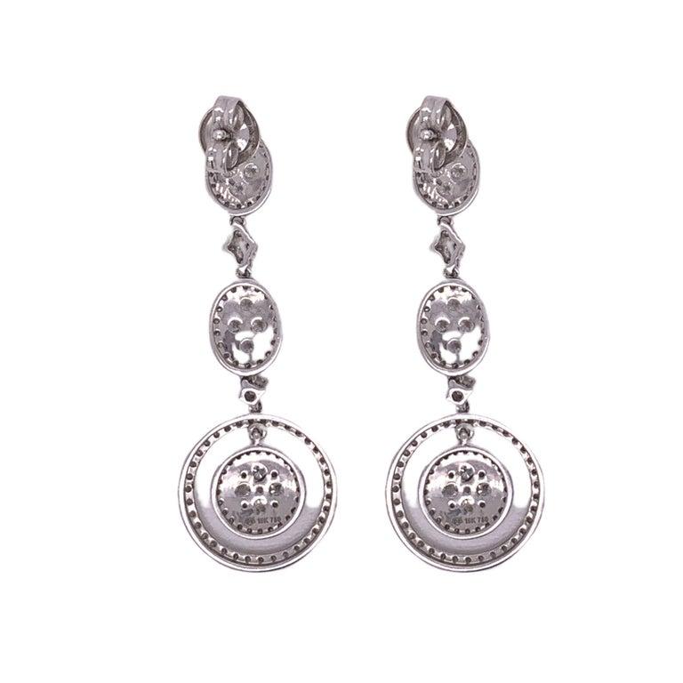 Brilliant Cut Classic Bridal Diamond Dangle Drop Earrings For Sale