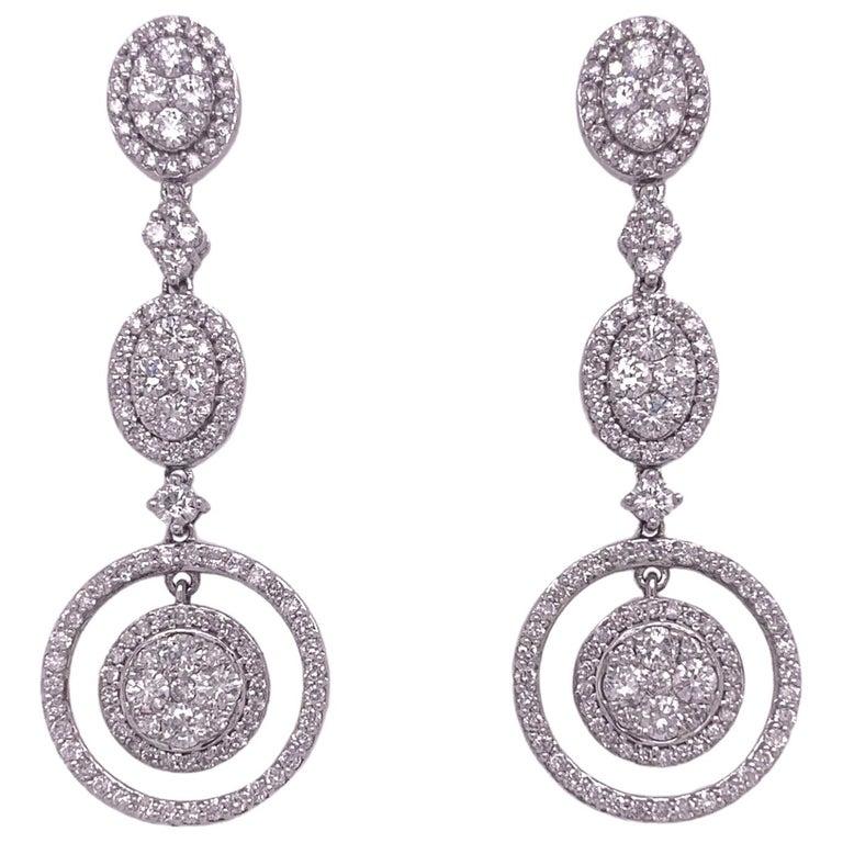 Classic Bridal Diamond Dangle Drop Earrings For Sale